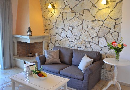 Delfino Blu Boutique Hotel : Deluxe family apartment-Living room