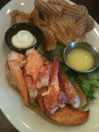 The Crows Nest: Lobster Roll with homemade potato chips; Yummy!