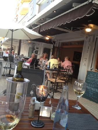 bar 8 Grill : no.8 @Sta Ponsa