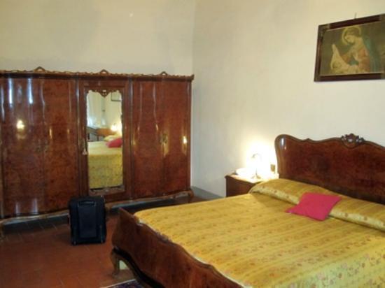 Villa Campestri Olive Oil Resort: Zimmer
