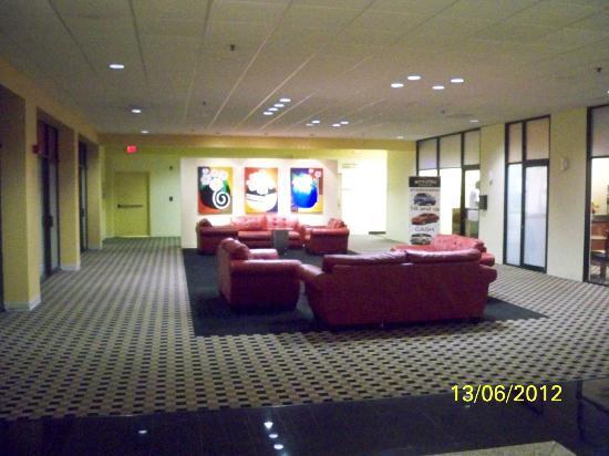 Ramada Westshore Tampa Airport: Comedor
