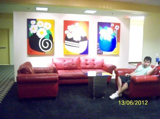 Ramada Westshore Tampa Airport: Zona de descanso