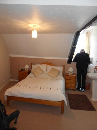 Glenthorne Guest House: Parent's bedroom