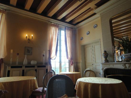 Chateau De Beaulieu: Dining room