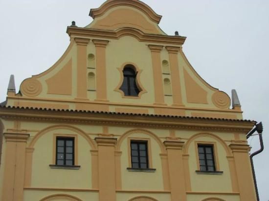 Former Jesuit Seminary : exterior detail