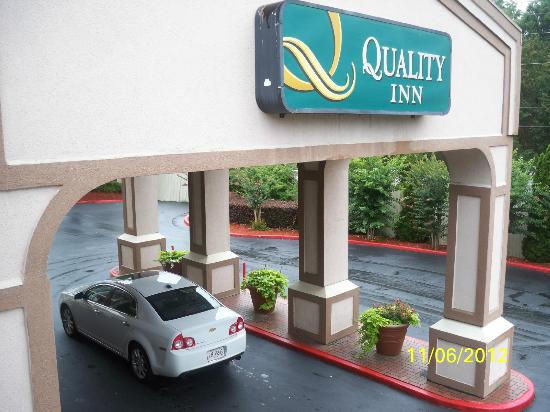 Quality Inn Northeast: Vista desde la habitacion
