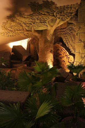Angkor Miracle Resort & Spa: Hotel & grounds