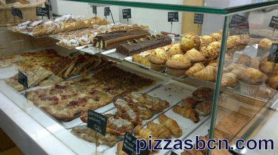 Baluard Barceloneta: Pizzas, muffins...