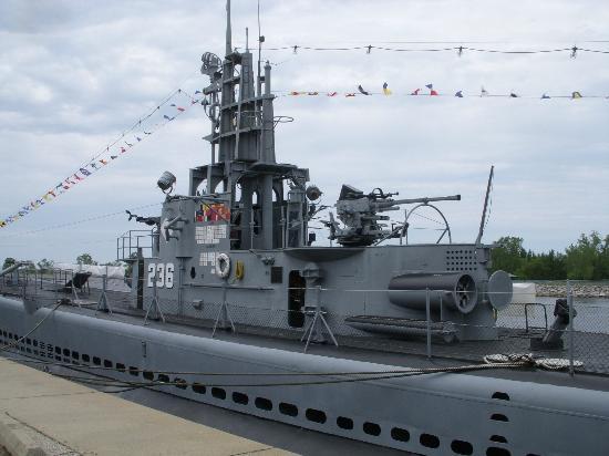 USS Silversides Submarine Museum : USS SILVERSIDES SS-236