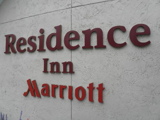 Residence Inn Jacksonville Baymeadows: Here's where it all starts...enter with CONFIDENCE