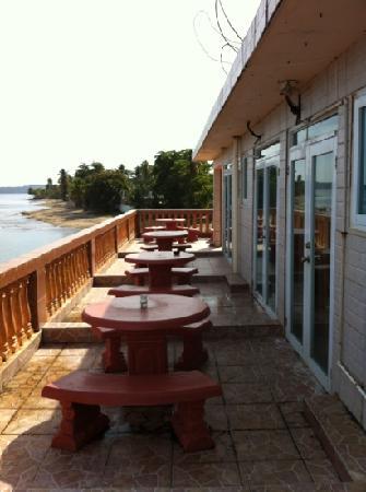 Hotel Colombus: balcony privacy