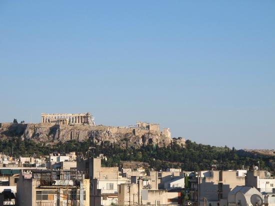 Crystal City Hotel: The view of Acropolis