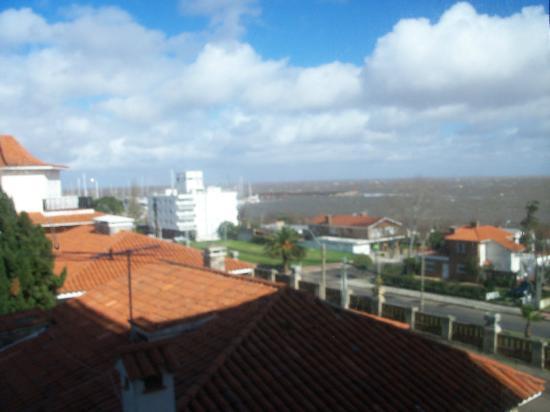 Hotel Ricadi: vista desde la habitacion : puerto de piriapolis