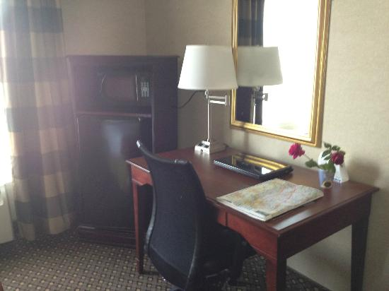 Holiday Inn Express Hotel & Suites Chambersburg: fridge, microwave, desk, in room wi-fi
