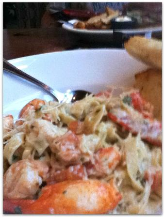 Silver City Brewery: I had the Lobster and Shrimp Fettucine. Big chunks of lobster and plenty of shrimp.