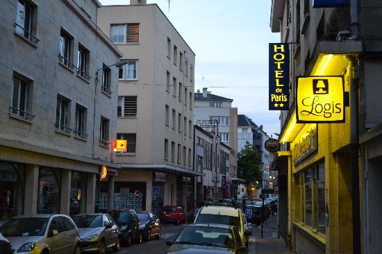 Hotel de Paris: Hotel signage