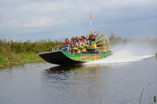 Marsh Beast Airboat Tours: Great Family Fun !