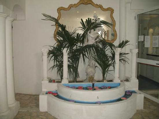 Hotel Bussola: Entry
