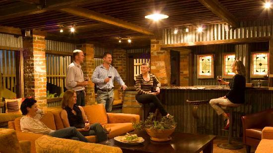 The Mudgee Homestead Guesthouse: Casual Billiard Lounge