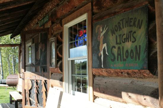 Polebridge Mercantile and Cabins: Northern Lights Saloon
