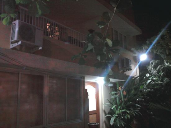 Hanu Reddy Residences,Wallace Garden: Frontside at night