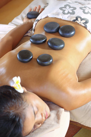 Lagoon Spa Seminyak: Hot Stone Massage