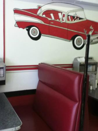 Evelyn's Memory Lane Cafe: Sample of the decor