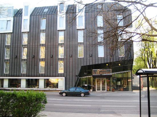 L'Ermitage Hotel: отель
