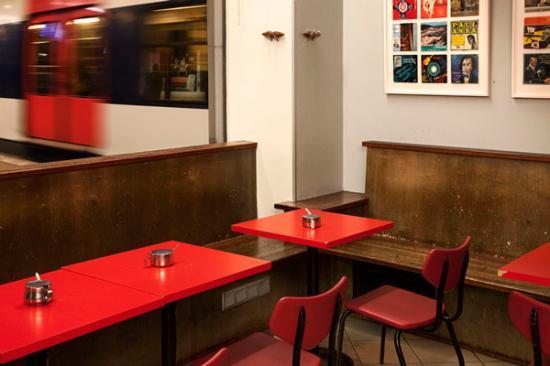 Cafe Bar No 9
