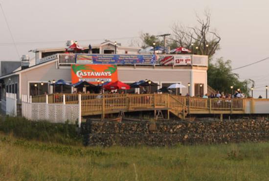 Castaways Seafood & Grille
