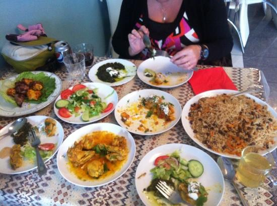Mazar Restaurant: family special for 3