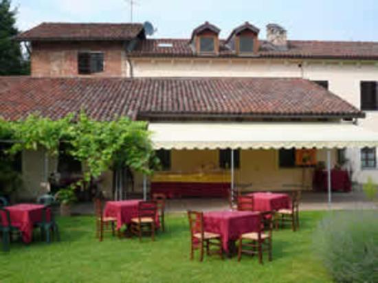 Villanova d'Asti ภาพถ่าย