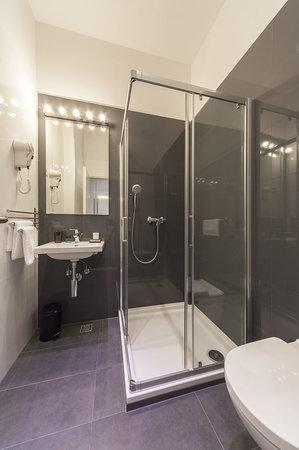 Priuli Luxury Rooms: Bathroom