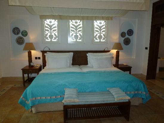 Jumeirah Dar Al Masyaf at Madinat Jumeirah: Amazing Bed