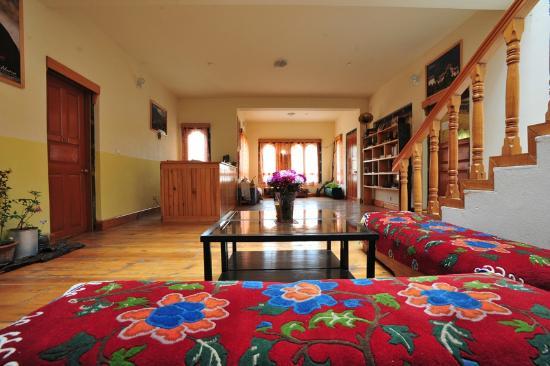 Nivvana Lodge & Homestay: Receiption area