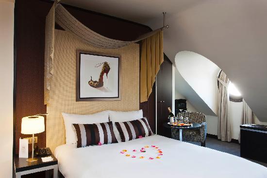 Chambre Cosy / Cozy Room - Picture of Hotel Le M, Paris ...