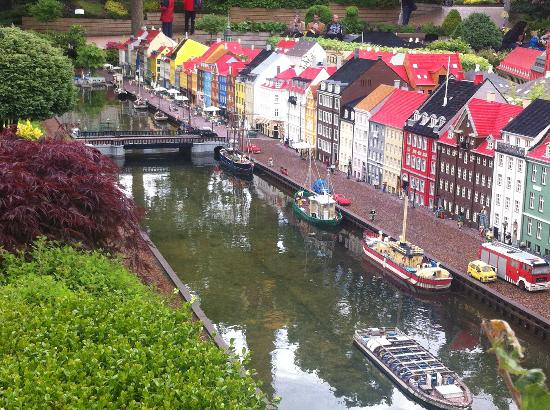 Billund, Dania: Lego brick model of Nyhavn, Denmark