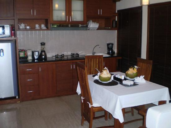 Balibaliku Beach Front Luxury Private Pool Villa: Our kitchenette with young coconuts upon arrival for the girls