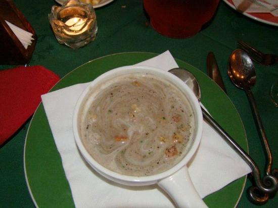 La Gondola: Mushrom Cappuchino Soup