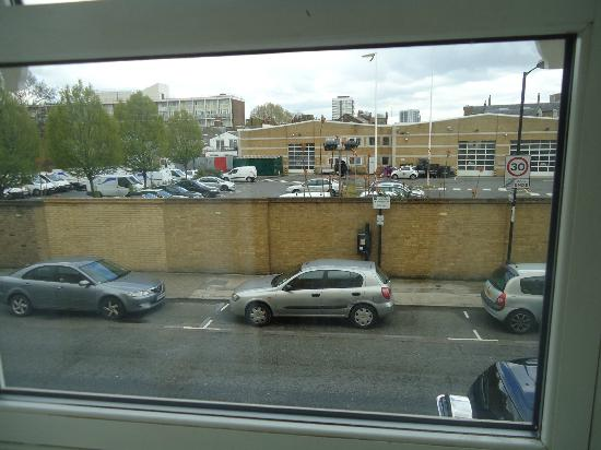 Marlin Apartments Limehouse: Our view....