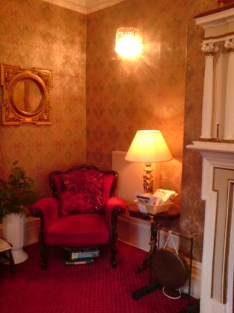 Annan Hotel: Residents Lounge