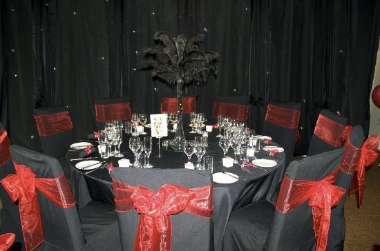 Woodside Hotel: table layout