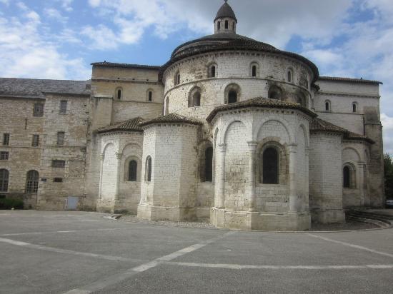 Abbaye Sainte-Marie de Souillac: Romanesque exterior