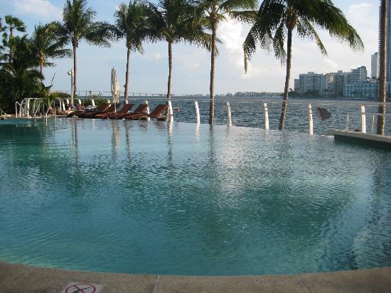 Mandarin Oriental, Miami: Hotel beach area