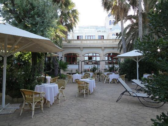 Hotel Ciutat Jardi : Garten