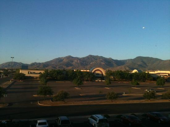Fairfield Inn & Suites Sierra Vista: View of Huachuca Mts from 3d floor of hotel (Carr Peak)