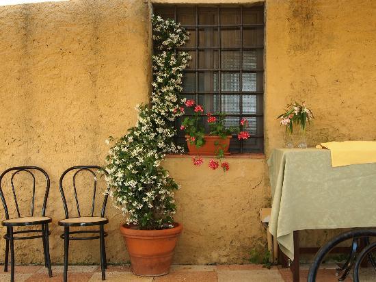 Villa Il Fedino: dinning area