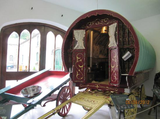 Irish Agricultural Museum and Famine Exhibition: The Romany caravan in the Museum