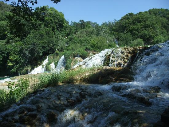 Plitvice Lakes National Park: Falls walk