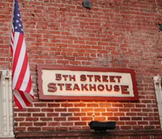 Foto de 5th Street Steak House